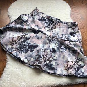 Dex floral zip mini skirt size medium